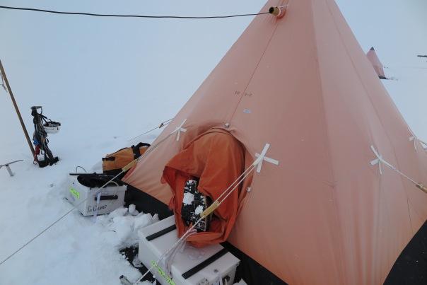 pyramid-tent-entrance
